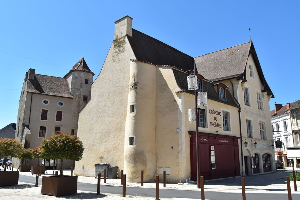 Maison dite de Louis XI: Ensemble sud-est, vue générale