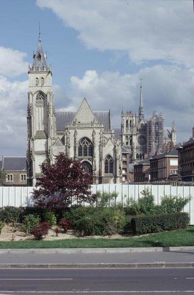 Façades ouest des deux églises
