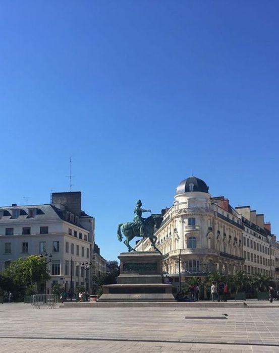 Monument équestre à Jeanne d'Arc: Vue générale
