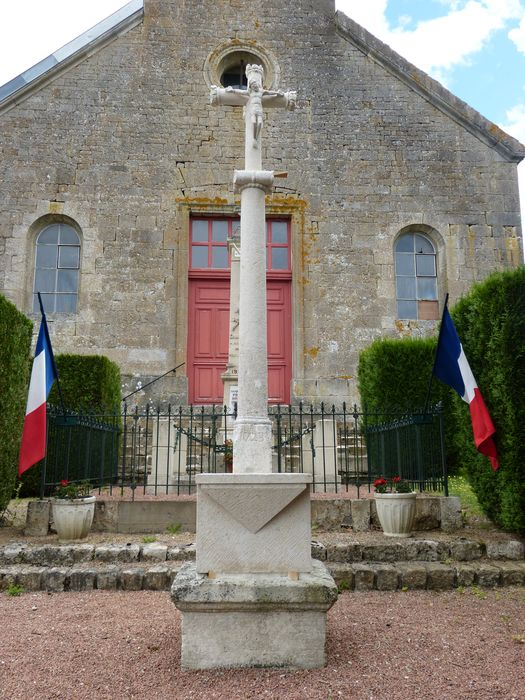 Croix monumentale, vue générale