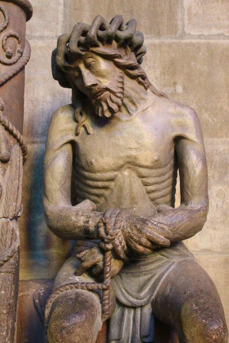 Statue : Christ de Pitié et sa colonne dit bon-Dieu de Pitié