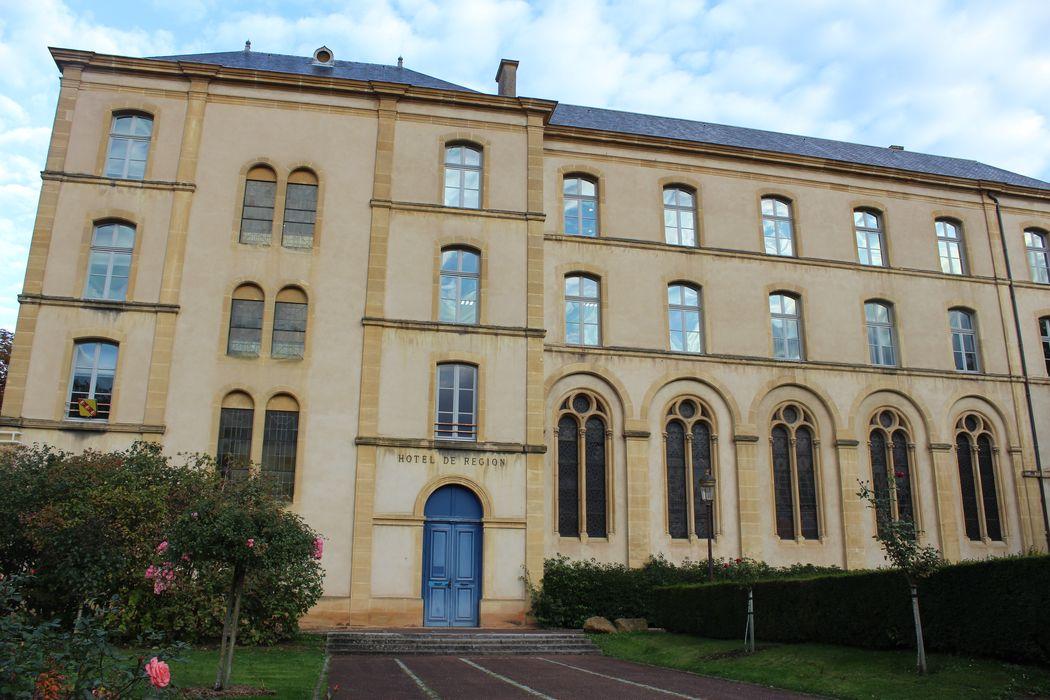 Collège des Jésuites (ancienne abbaye Saint-Clément): Ensemble sud, vue partielle