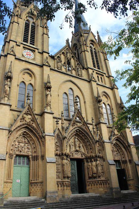 Eglise Sainte-Ségolène: Façade occidentale, vue générale