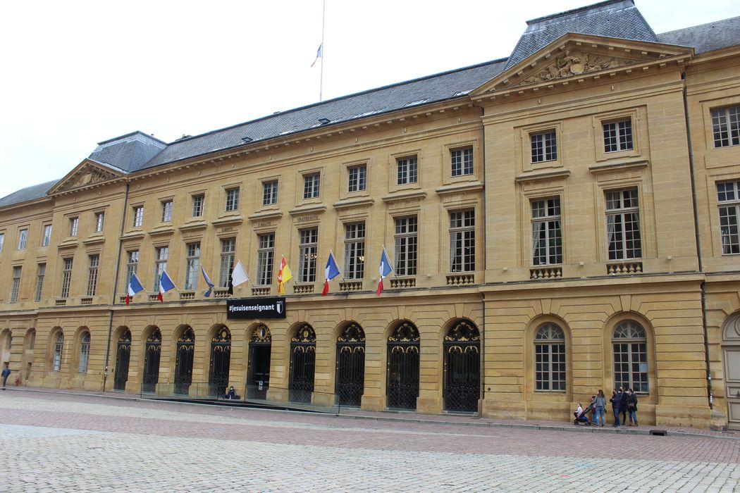 Hôtel de ville: Ensemble nord-ouest, vue générale