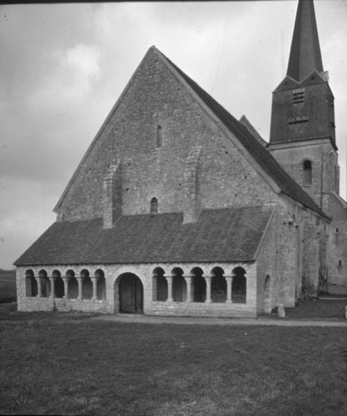 Ensemble sud-ouest, clocher et porche