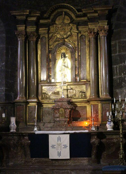 Autel (maître-autel), retable et tabernacle