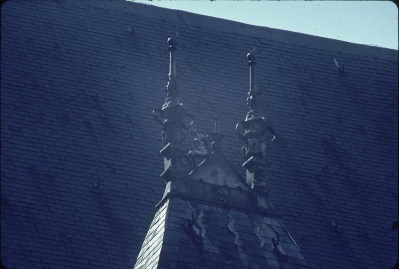 Epis de faîtage sur la toiture