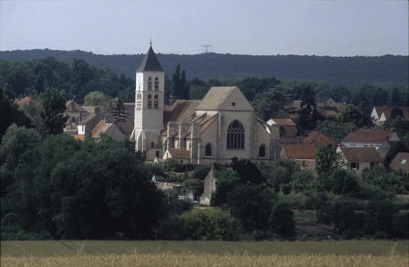 Vue générale du village, ensemble sud-est de l'église