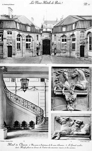 Grand escalier à l'intérieur de la cour d'honneur, motifs placés au-dessus de l'entrée des anciennes écuries et des cuisines