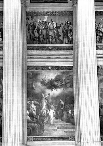 Peintures murales, panneaux centraux : Procession de personnages de l'époque carolingienne (haut) et Sacre de Charlemagne (bas)