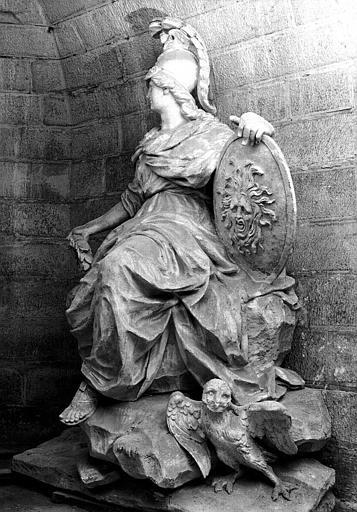 Moulage de la statue de Minerve dans la crypte
