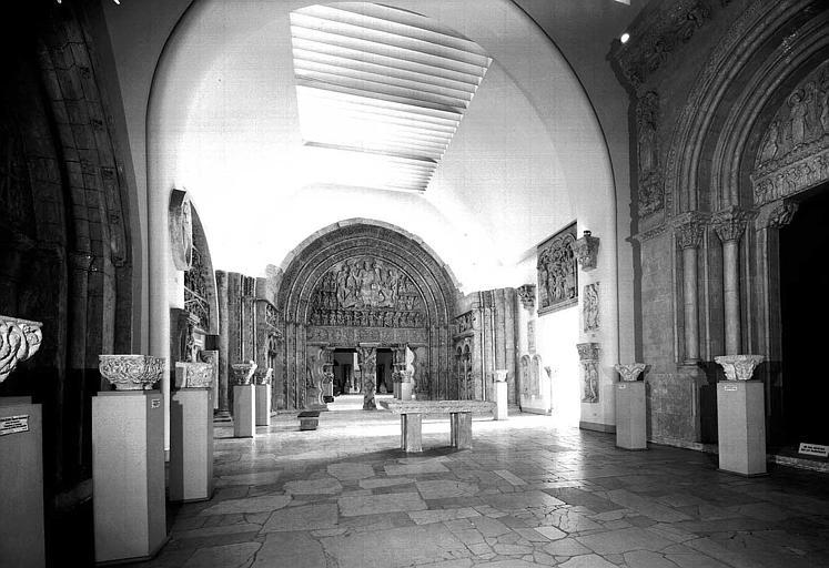 Musée des Monuments Français : Galerie des sculptures romanes
