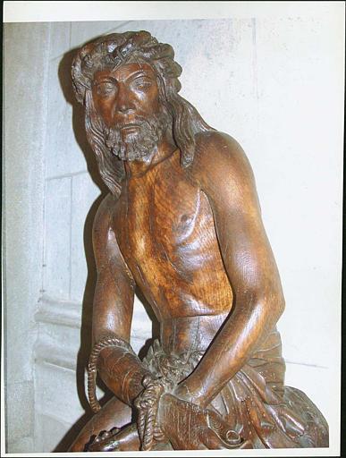 Statue : Christ aux liens, détail partie haute