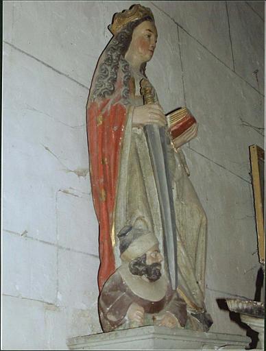 Statue : sainte Catherine d'Alexandrie, côté gauche