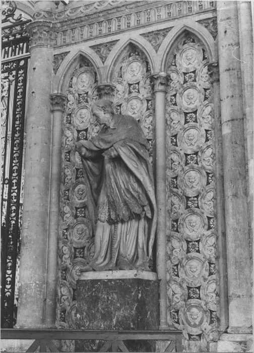 Statue : Saint Charles Borromée