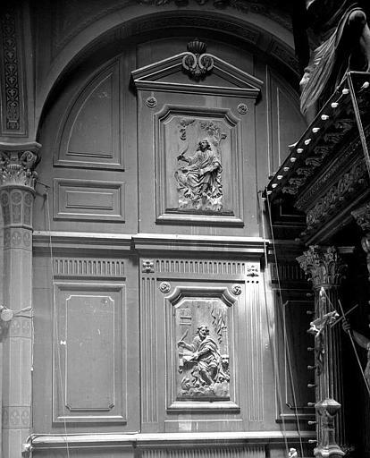 Retable en bois sculpté, boiseries : Saint Jean et saint Marc