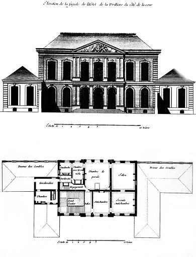 Gravure : Elévation de la façade du côté de la cour et plan du 1e étage