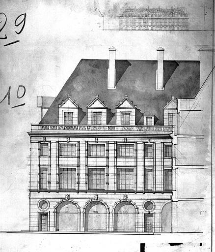Projet d'architecture ordonnancée pour la place de l'ancien Hôtel de Ville : Schéma d'ensemble, élévation d'un immeuble
