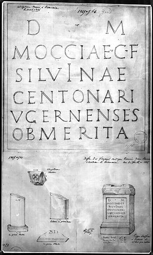 Inscription et fragments architecturaux trouvés lors de fouilles effectuées en 1845