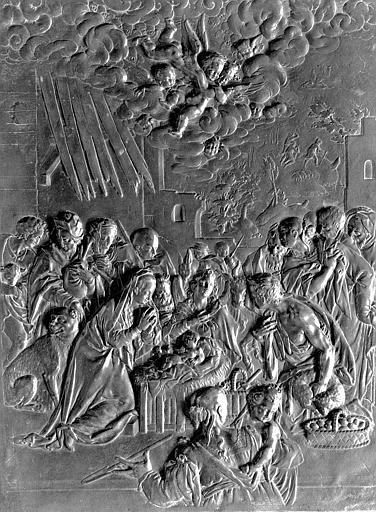 Bas-relief en bronze de la porte du tabernacle : Adoration des Bergers