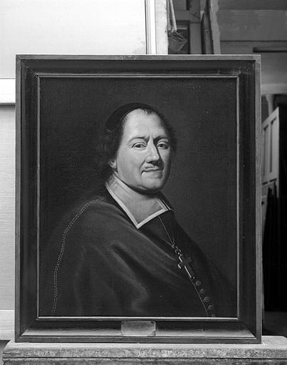Ensemble de peintures sur toile représentant les évêques de Tréguier : Portrait de François de Baglion de Salliant (1670-1686)