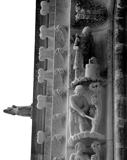 Portail du transept nord, 10e et 11e sujets de la voussure (à l'est de la rose)