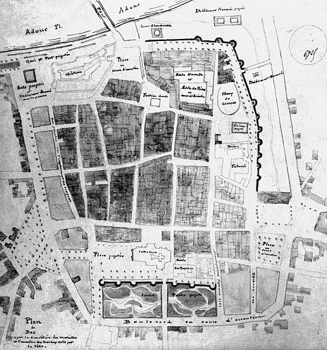 Plan de la ville de Dax après la démolition des murailles et l'exécution des travaux votés par la ville