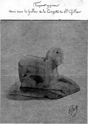 Relevé de fragment en pierre trouvé dans les fouilles de la crypte de Saint-Gilles