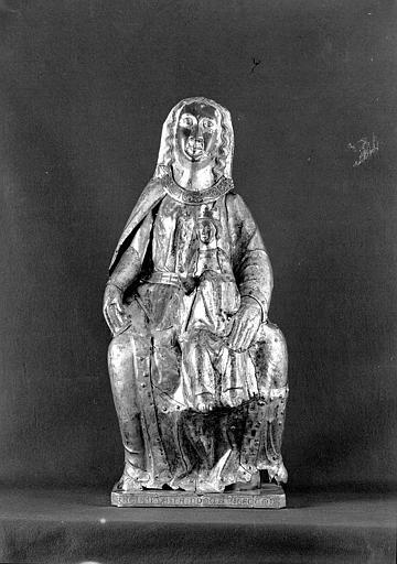 Statue en cuivre doré et émaux sur âme de bois : Vierge à l'Enfant