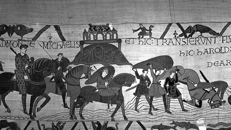 Tapisserie de Bayeux (avers),  21B : Arrivée des cavaliers normands au Couesnon, les chevaux s'enlisent