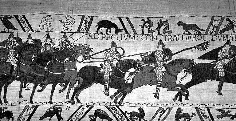 Tapisserie de Bayeux (avers),  60B : Cavaliers normands en armes au galop