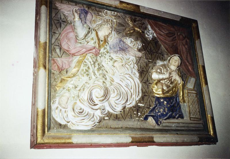 panneau bas-relief avec son cadre : Annonciation, style baroque