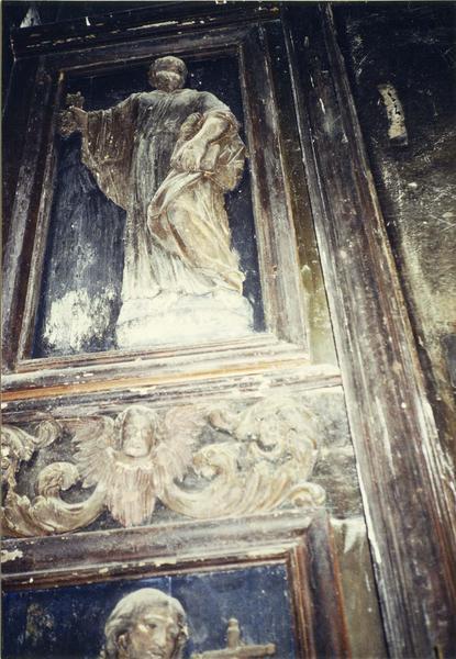 Retable, tableau, 4 bas-reliefs : Crucifixion, saint Pierre, Christ, saint Paul, Vierge