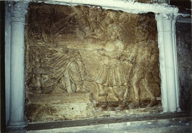 Bas-relief : condamnation de saint Ferréol