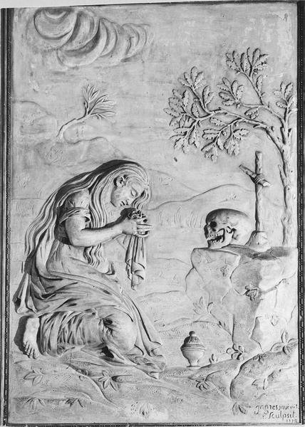 bas-relief : Madeleine repentie