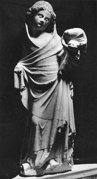 statue (statuette) : Vierge à l'Enfant aux colombes