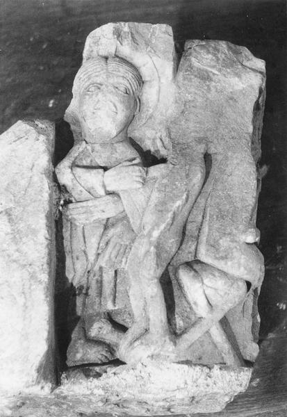 fragment d'un chapiteau : la Création d' Adam, le Paradis terrestre, la Tentation (la Genèse), détail