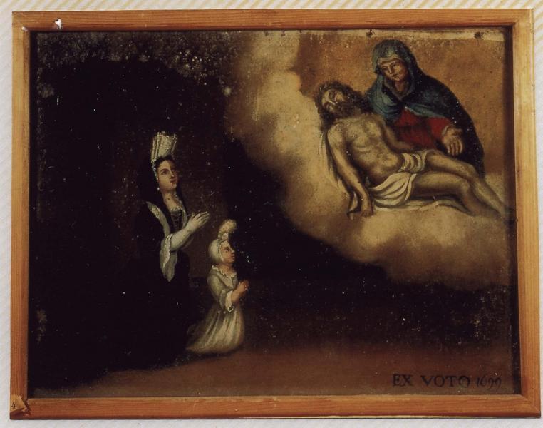 Ex-voto 25 : Femme aristocrate et son jeune enfant en action de grâce devant Notre-Dame-de-Pitié, vue générale