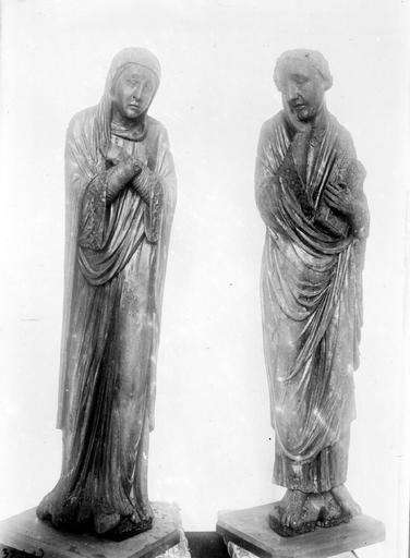 Statue (2) : Vierge et saint Jean