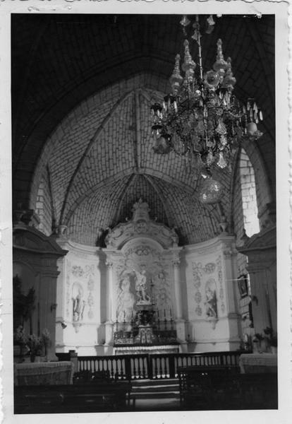 Ensemble (autel, tabernacle, retable), vue générale