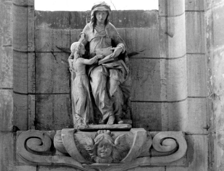 Groupe sculpté : Sainte Anne et la Vierge dit aussi Education de la Vierge