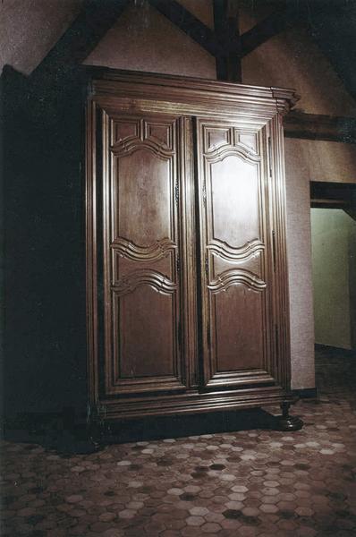 armoire à archives, fermée