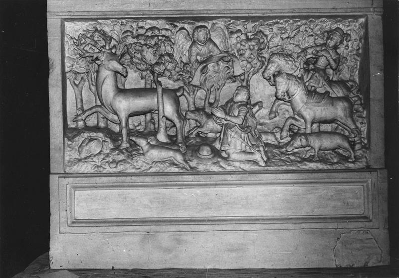 bas-relief : La Vision de saint Hubert