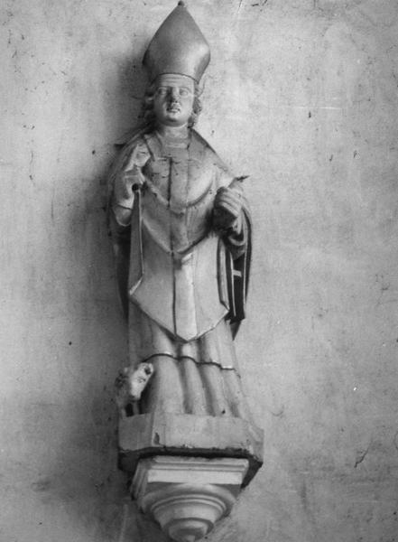 Statue : Saint évêque au bélier