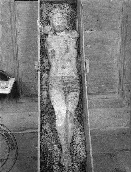 statue : Christ de Calvaire