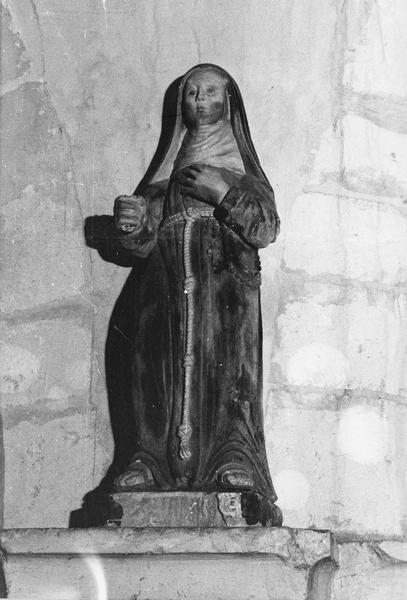statue : sainte Claire