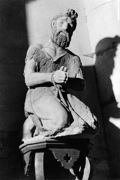 statue : saint Jean-Baptiste prêt au supplice