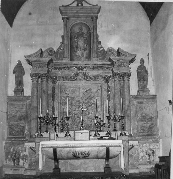retable, trois statues : saint Vincent, saint Fiacre, saint Savinien
