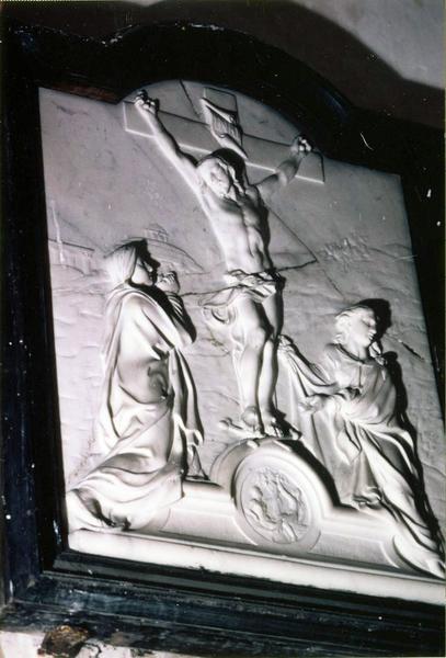 bas-relief, cadre : Calvaire