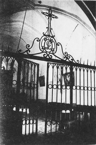 clôture de choeur, clôture de chapelle (table de communion)